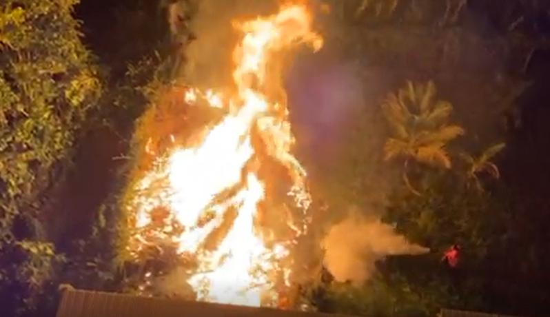 Un feu de broussaille aux abords de l'hôtel Valmenière