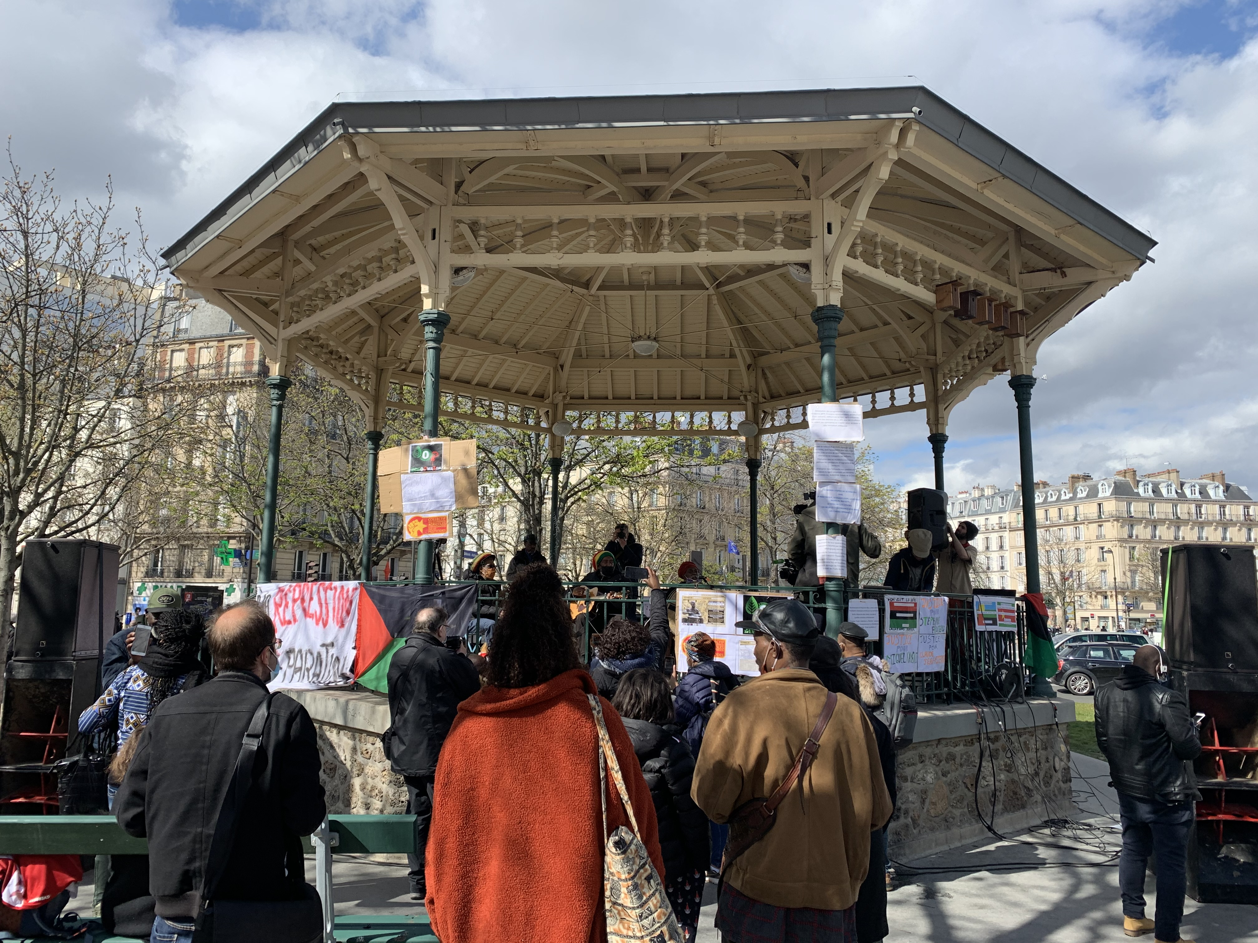 Paris : une manifestation en soutien aux ouvriers agricoles