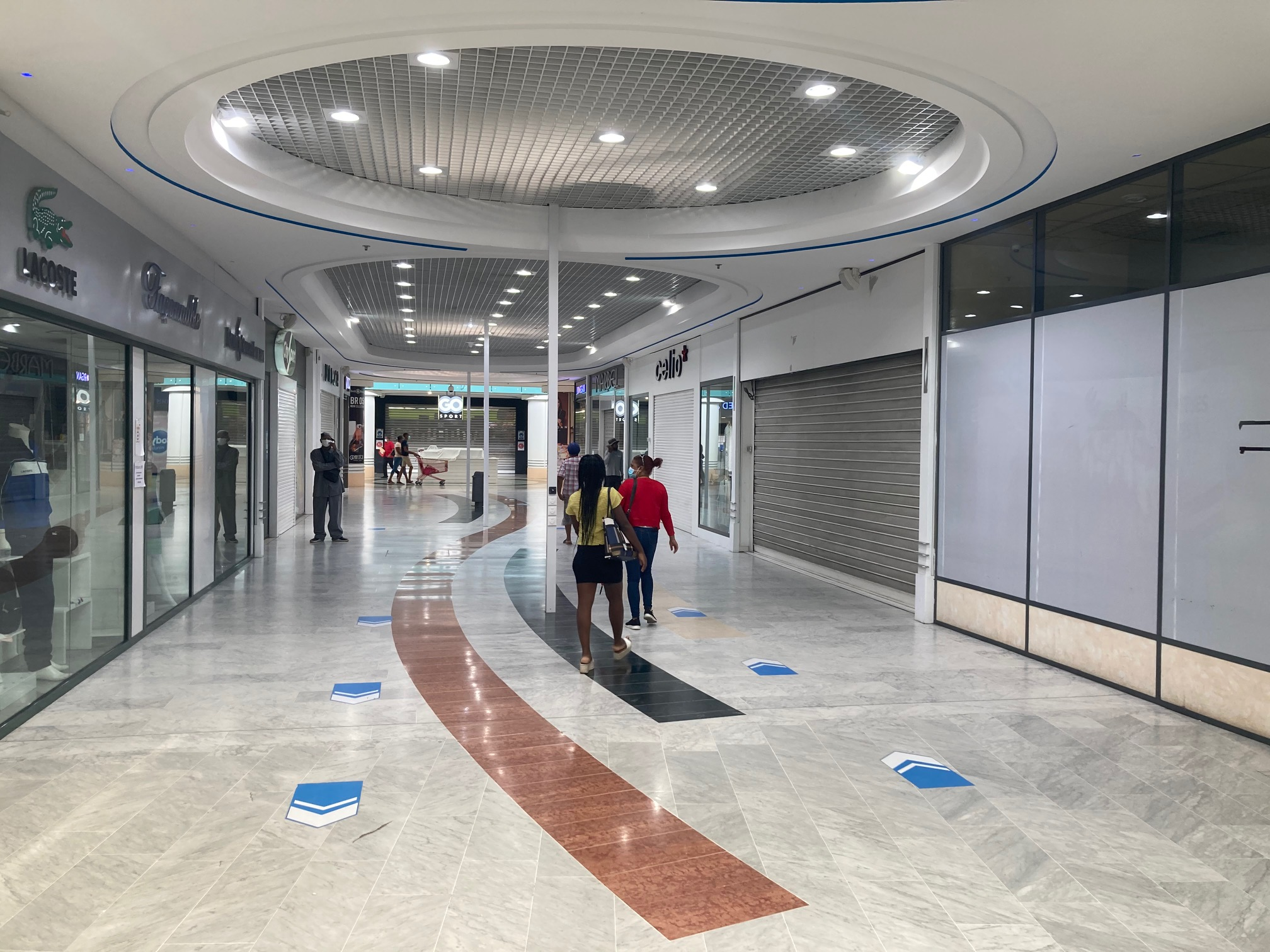 Les galeries des grands centres commerciaux devraient rouvrir