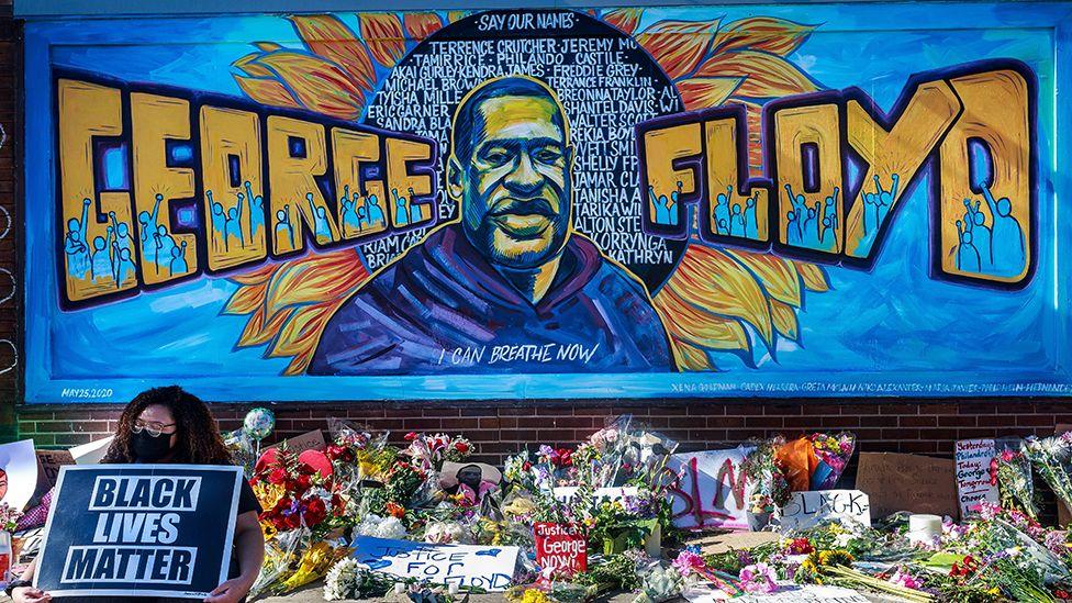 Mort de George Floyd : le procès de Derek Chauvin s'ouvre aux Etats-Unis