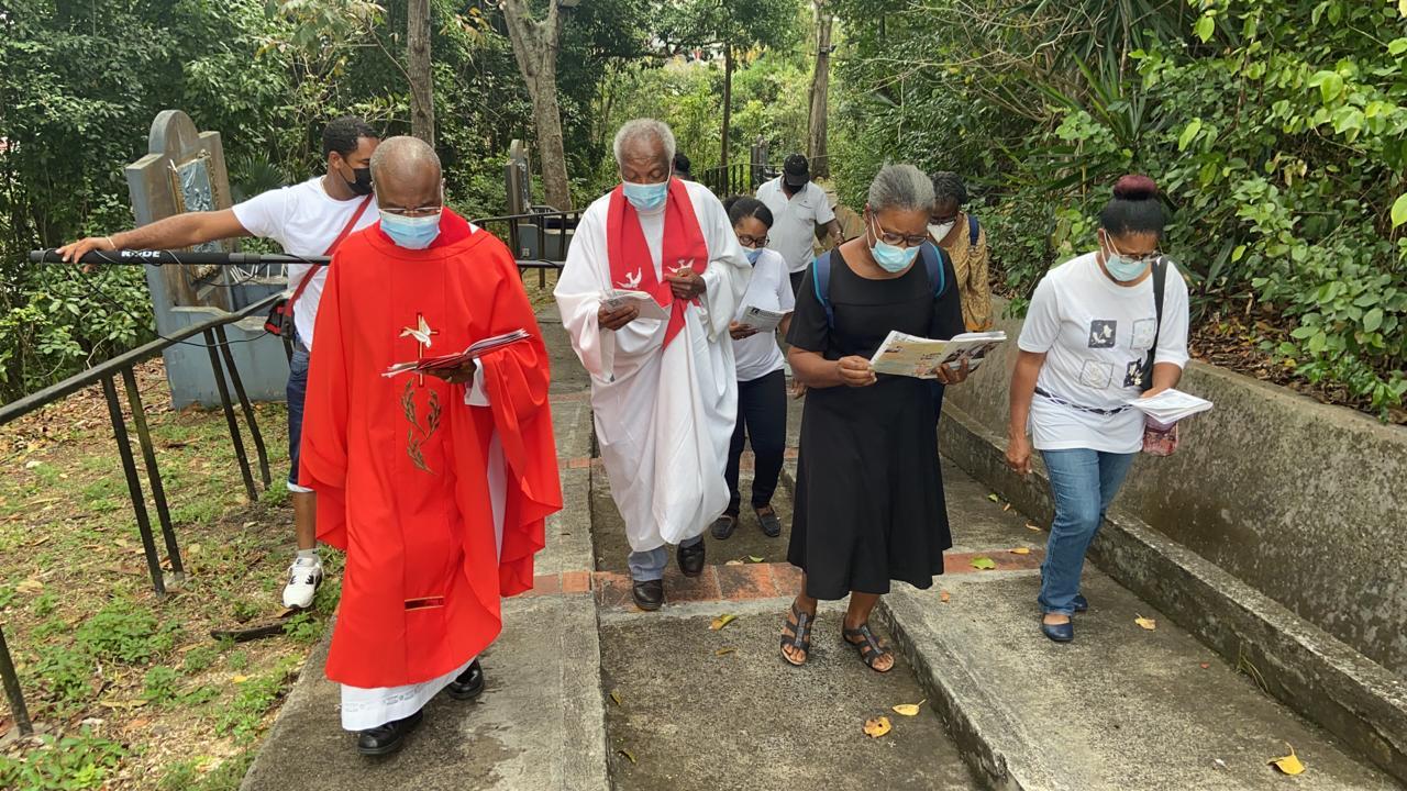 Revivez le chemin de croix à huis-clos du Morne Calvaire