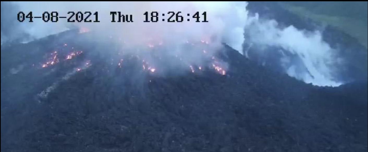 [VIDEO] Saint-Vincent : l'éruption explosive de la Soufrière pourrait avoir lieu dans les prochaines heures