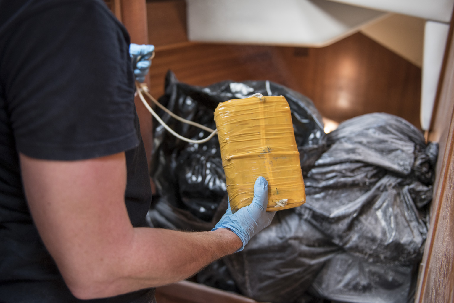 210 kilos de cocaïne saisis par le Ventôse au large de Sainte-Lucie