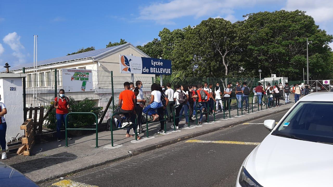 Mobilisation des lycées de Martinique : les lycéens retournent en classe