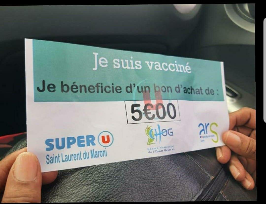 Vaccin : le Super U de Saint-Laurent du Maroni renonce à offrir des bons d'achat