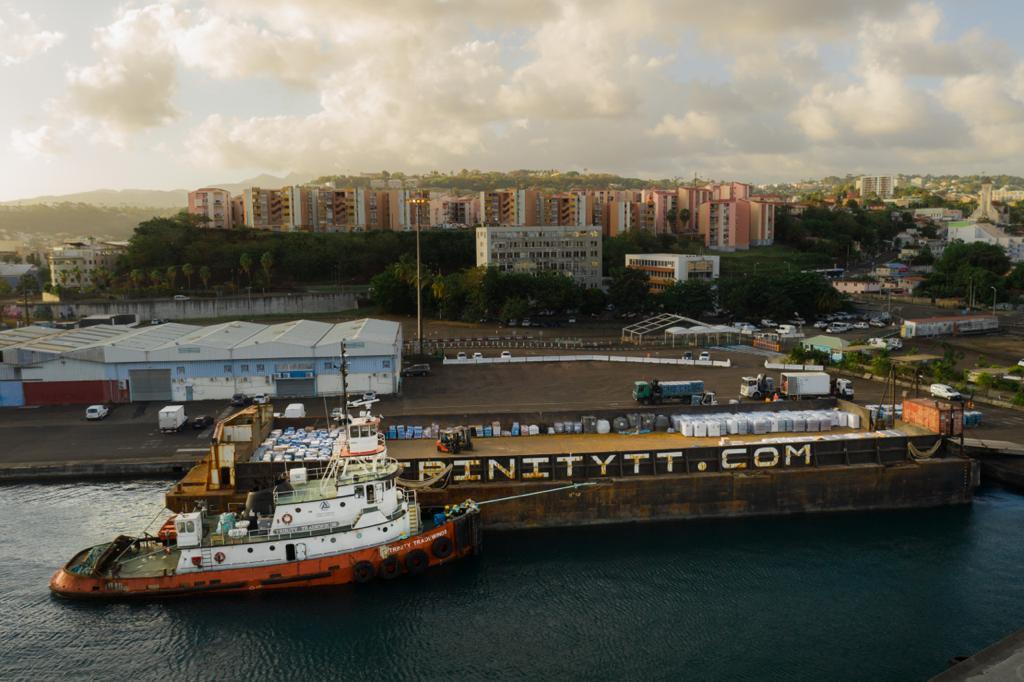[Photos] 206 tonnes de matériel ont été acheminées vers Saint-Vincent depuis l'éruption