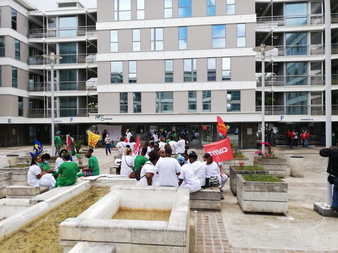Les infirmiers du service de réanimation du CHUM se mobilisent