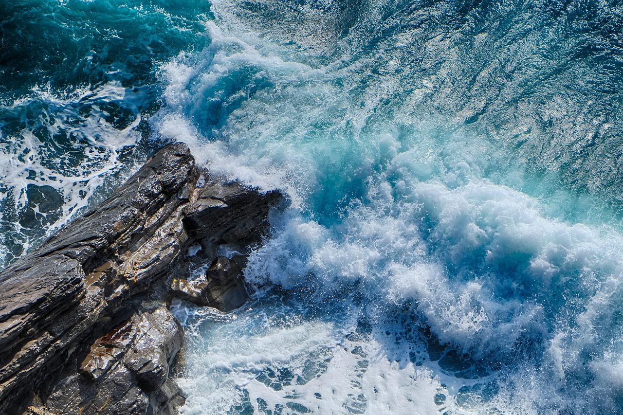 Des archipels et des îles géantes englouties dans les Antilles ?