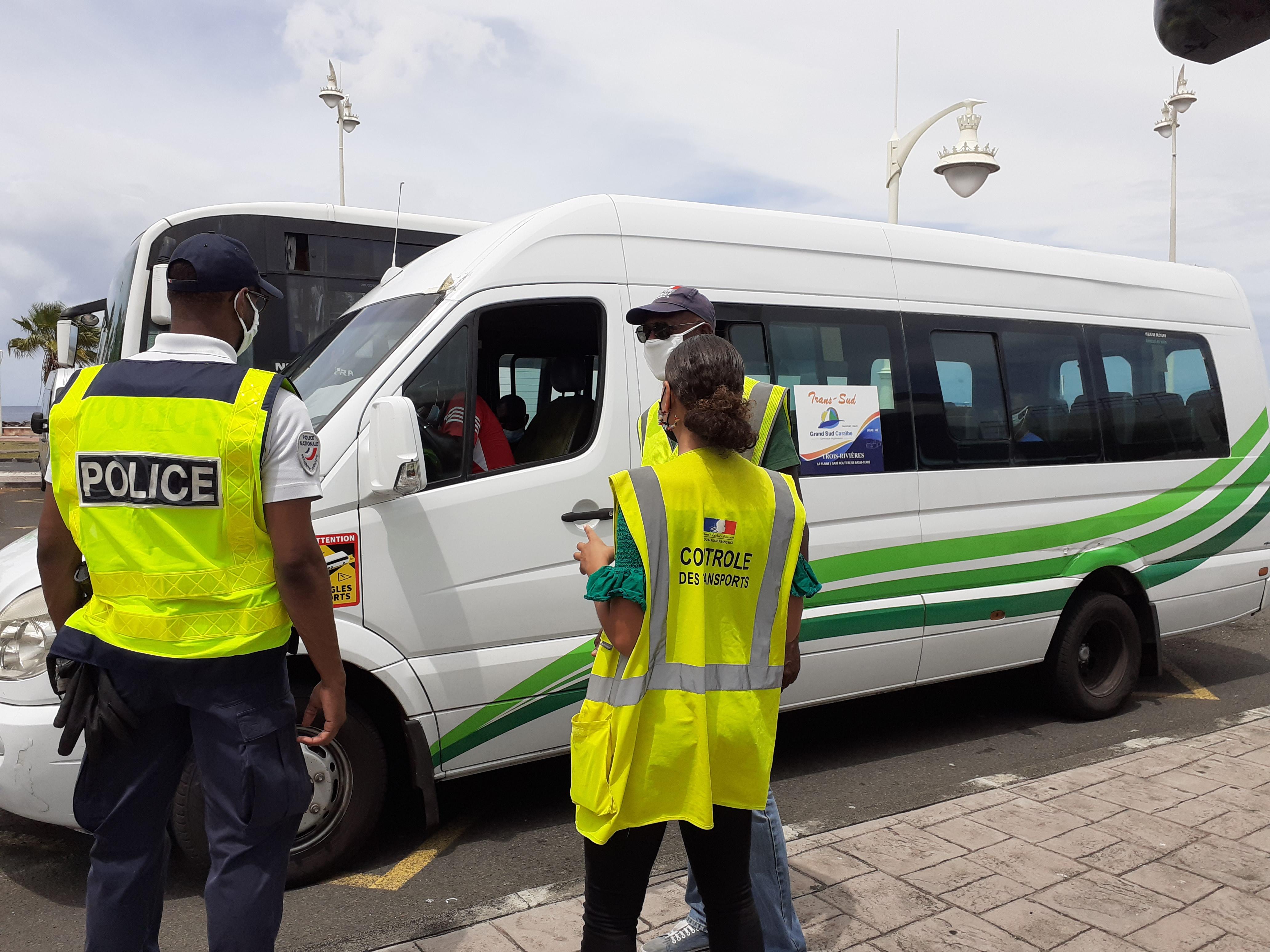 Opérations de contrôle dans les transports en commun