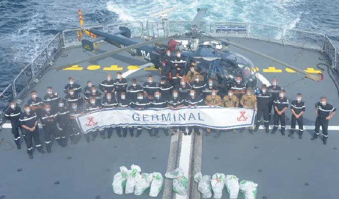 La marine nationale saisit 310 kilos de cocaïne à bord d'un voilier