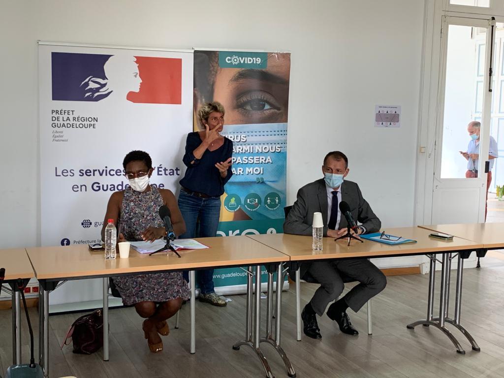 Covid : remise en place du port du masque en extérieur et installation du pass sanitaire