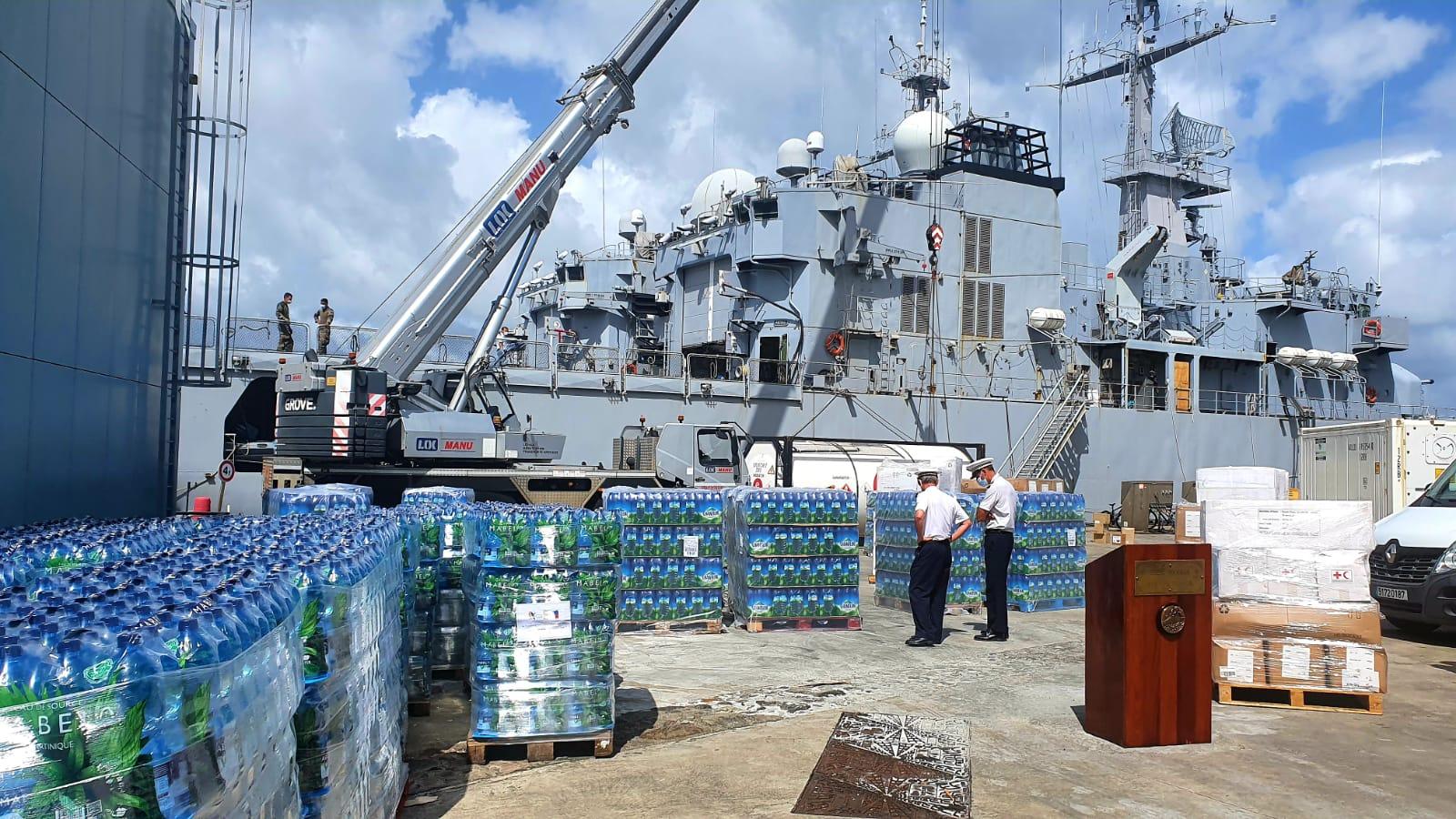 Séisme à Haïti : la marine nationale transporte 47 tonnes de dons vers Haïti