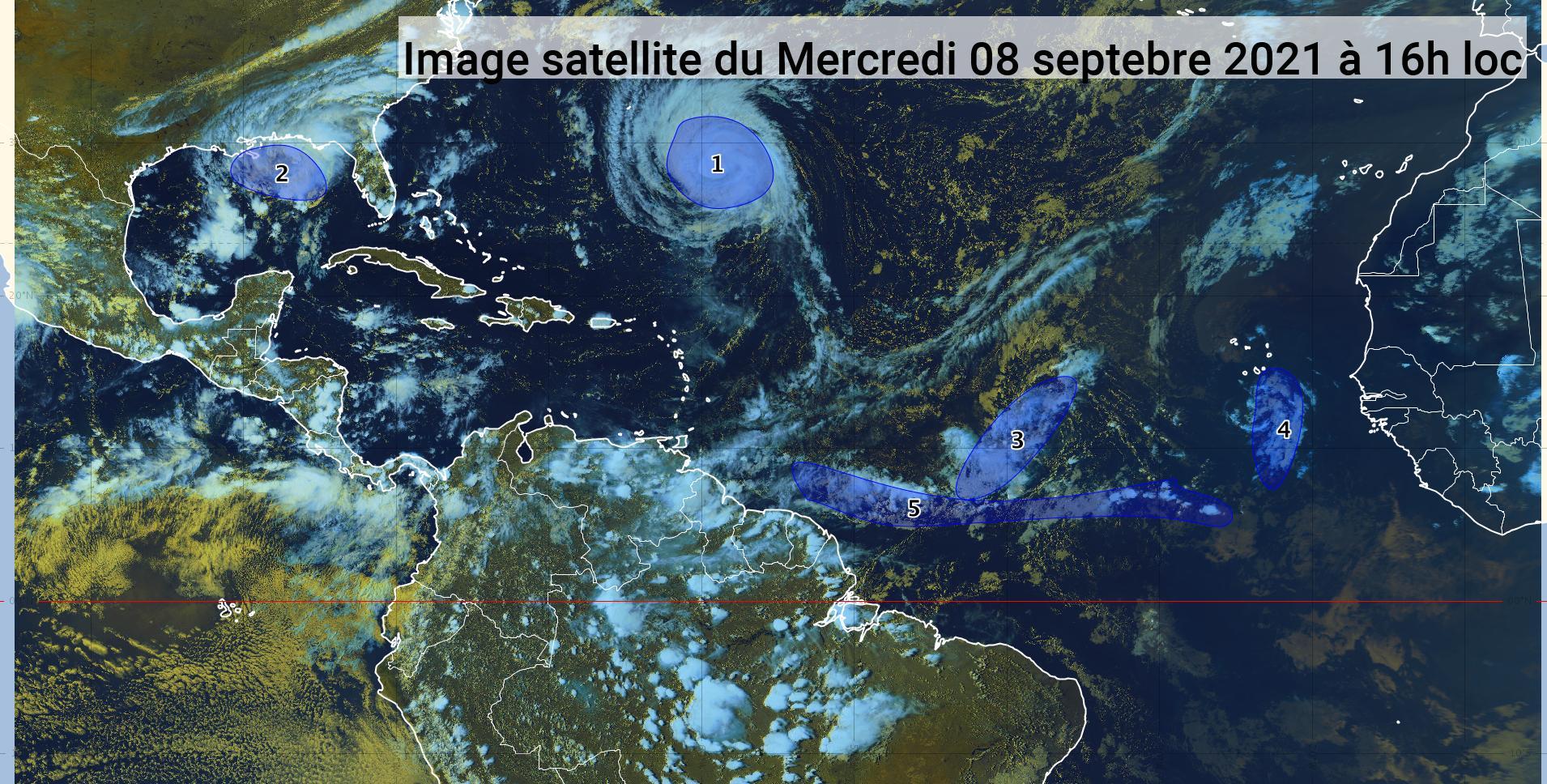 L'ouragan Larry s'éloigne, deux ondes tropicales sont sous surveillance (bulletin du 08/09/21)