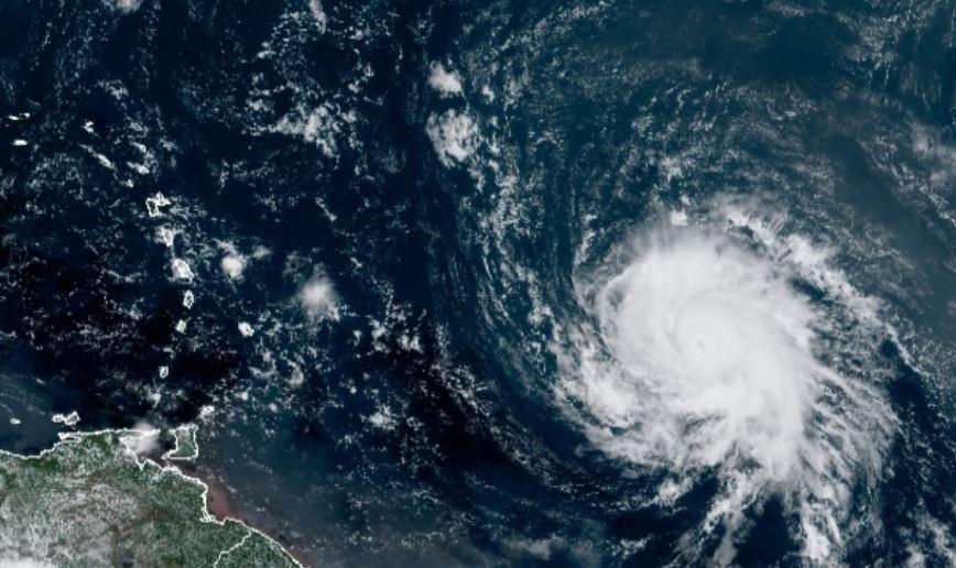 Petit et dangereux, Sam est désormais un ouragan majeur de catégorie 3