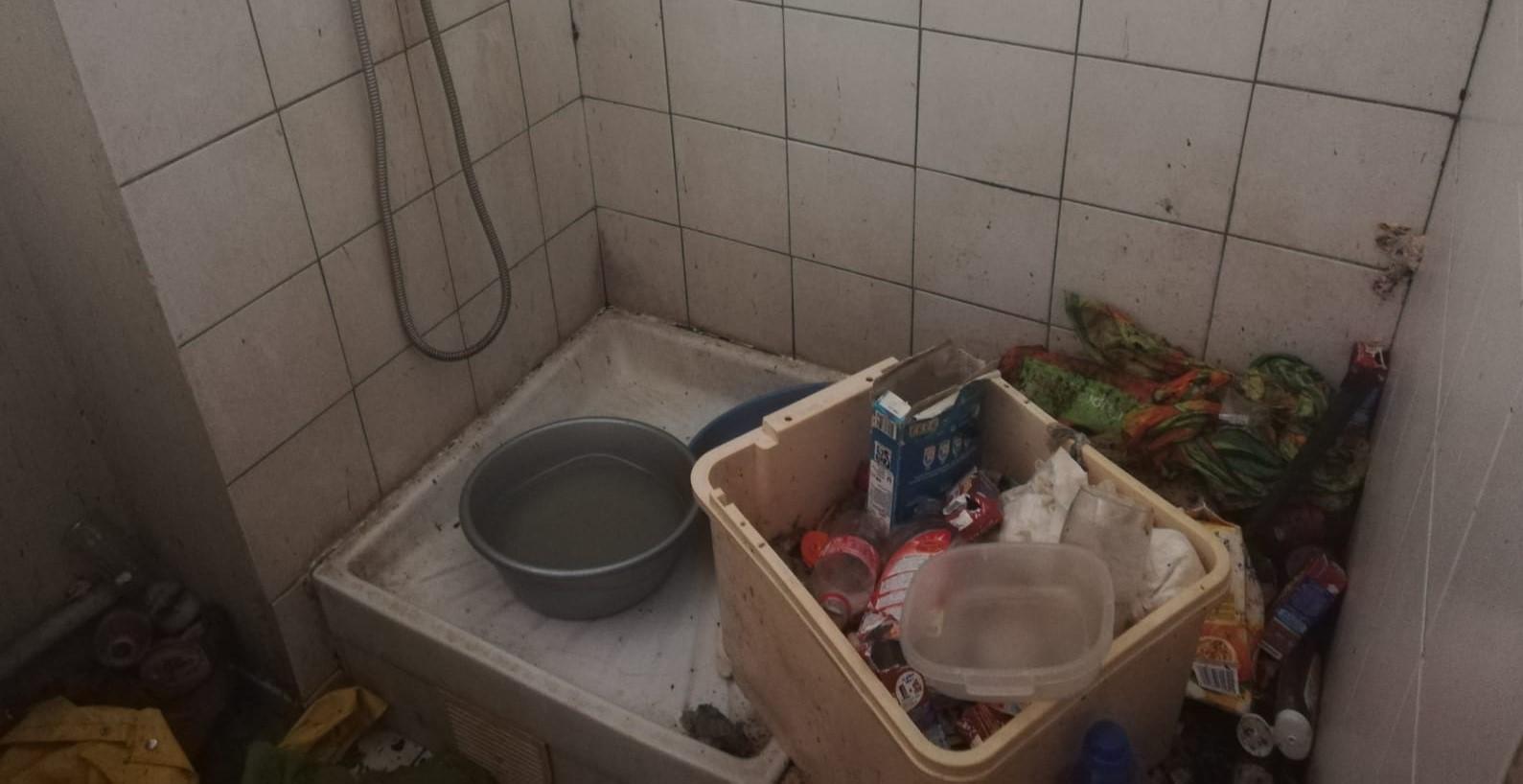 Syndrome de Diogène : des voisins s'alarment des conditions de vie d'une dame âgée