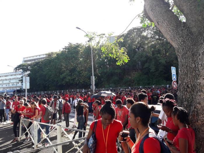 2000 élèves réunis contre la violence à Baimbridge (vidéo)