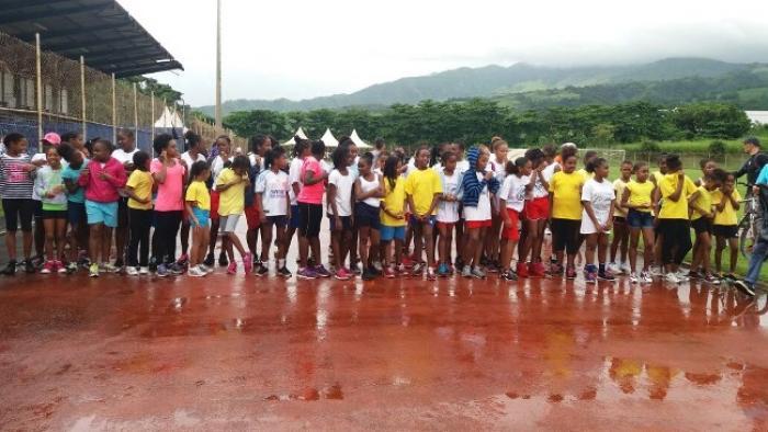 254 élèves ont participé au cross du Réseau d'Education Prioritaire de Saint-Pierre