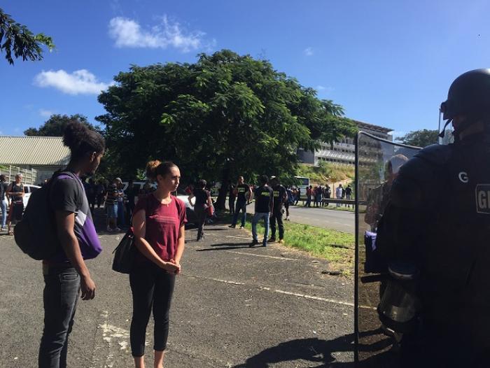 4 interpellations en marge de la manifestation des lycéens de Baimbridge