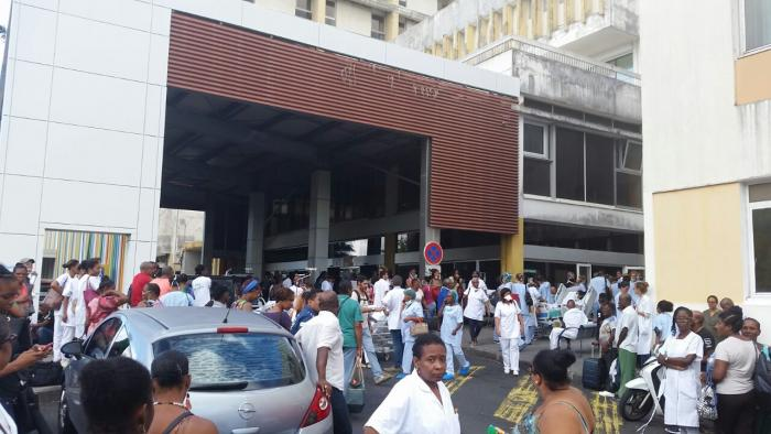 42 personnes évacuées, le plan blanc élargi, le personnel de service du CHU rappelé