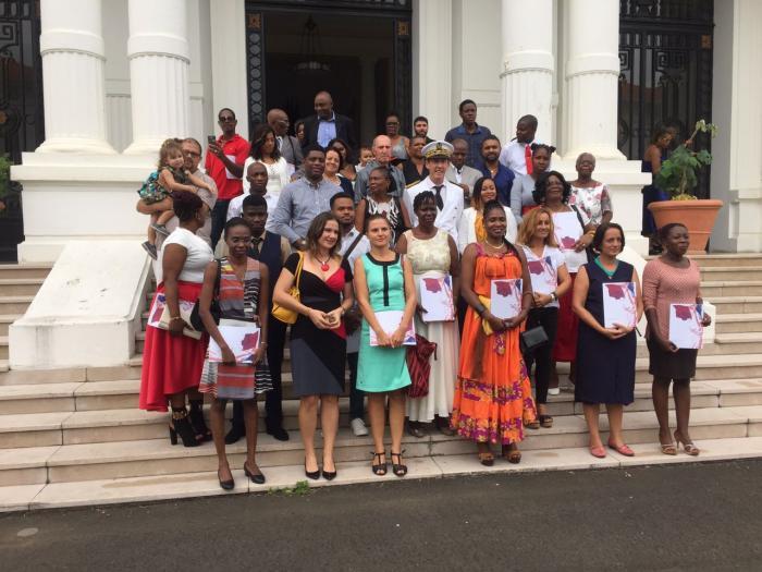 64 personnes obtiennent leur décret de naturalisation