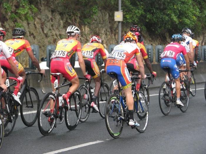 65e Tour cycliste : 2ème étape remportée par PARRA SUAREZ Hernan
