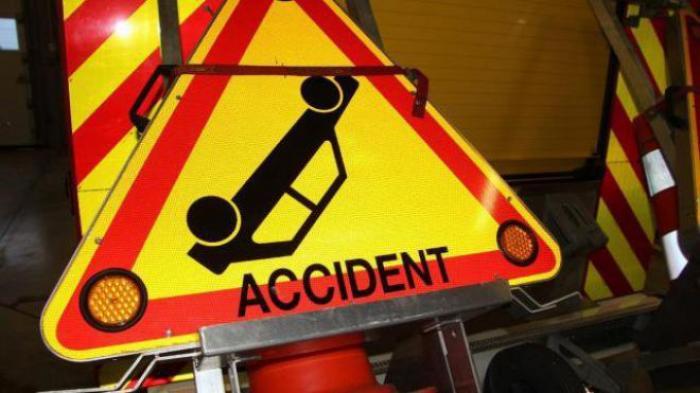 Accident entre trois voitures dans la descente de Versailles