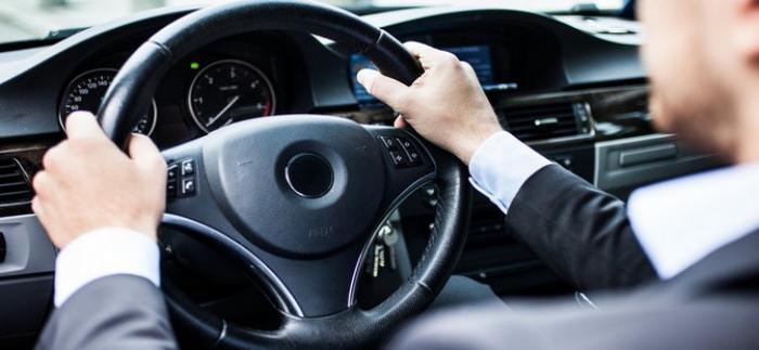 Accident mortel : l'automobiliste se serait retourné pour calmer ses enfants
