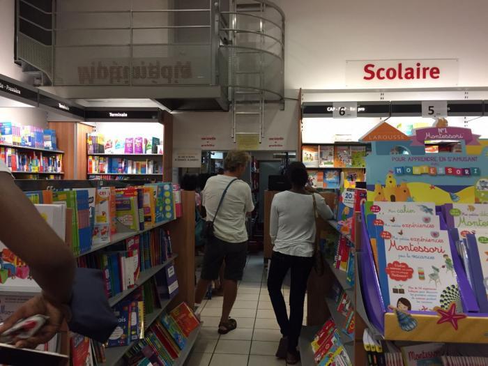Achat des manuels scolaires : le casse-tête pour les parents