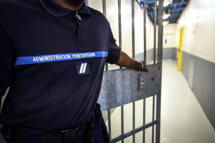 Agression d'un surveillant de prison : le juge demande plus de preuves