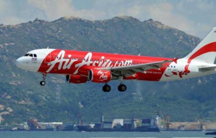 Air Asia : fin des opérations pour tenter de remonter l'épave de l'avion