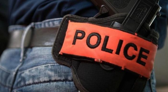 Arrêtés pour avoir foncé sur des policiers avec une motocross aux Terres Sainvilles