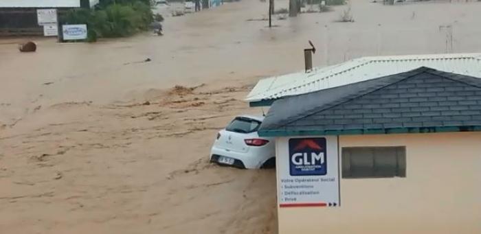 Au Robert, la zone de la Semair complètement inondée