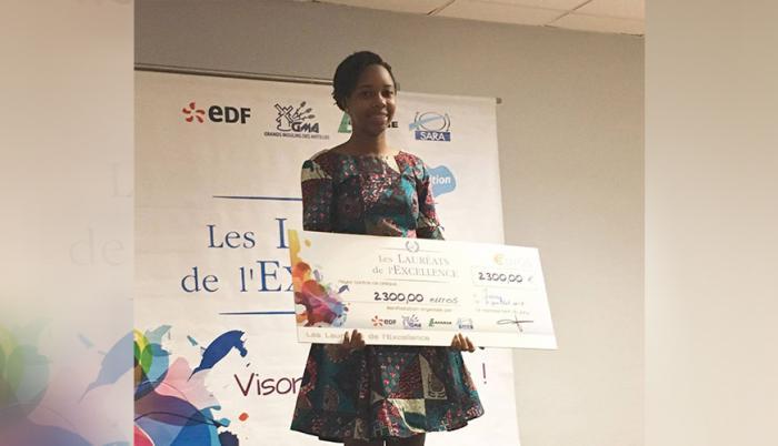 BAC 2017 : Prix de l'excellence pour Sarah Ouedraogo