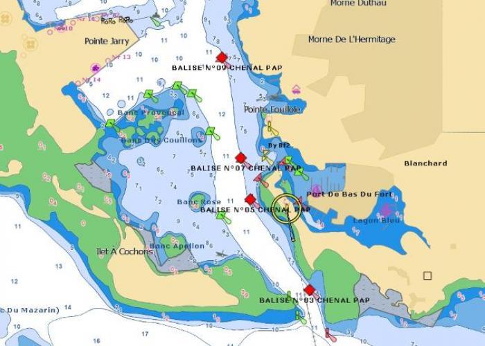 Balisage du chenal maritime du port