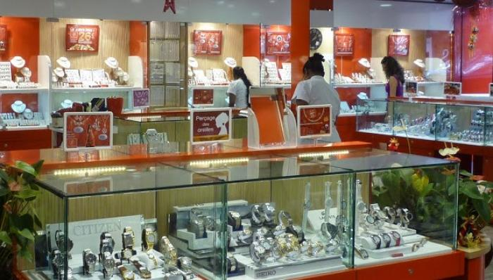 Basse-Terre : vol à main armée à la bijouterie José Fabbricatore