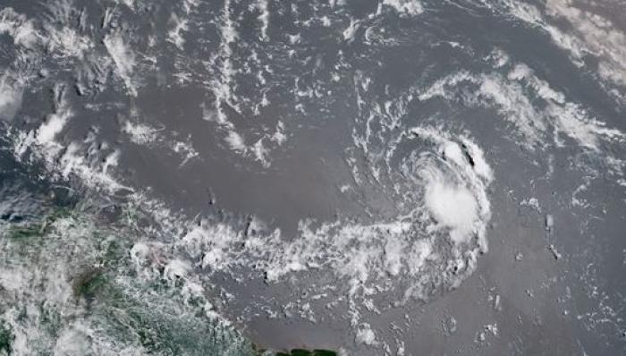 Beryl redevient une tempête tropicale
