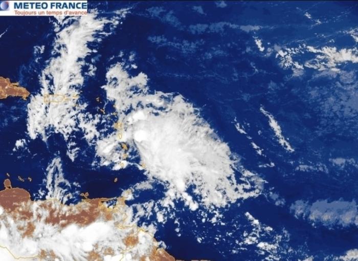 Beryl s'est dissipée et poursuit sa route en onde tropicale
