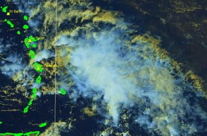 Béryl est désormais une onde tropicale active mais la vigilance est maintenue