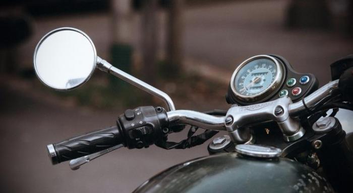 Choc entre une moto et une voiture à Capesterre-Belle-Eau