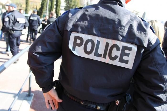 Cinq ans d'interdiction des droits civiques et huit mois de prison avec sursis requis contre Siméon  Lesueur