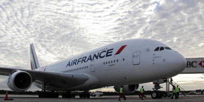 Cocaïne : deux hôtesses d'Air France jouaient les passeuses