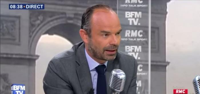 """Contrats aidés : Edouard Philippe """"fera très attention pour les Outre-mer"""""""