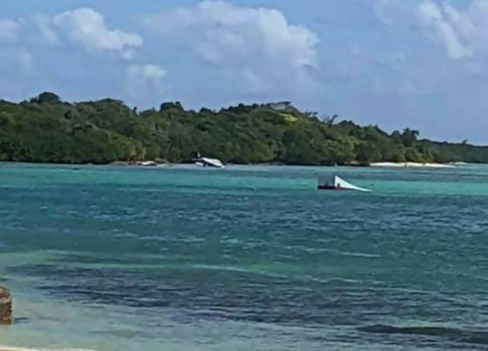 Crash d'un petit avion en mer à Saint-François