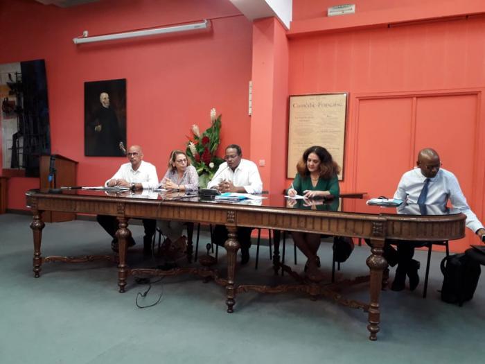 CRC : le maire de Fort-de-France conteste les chiffres