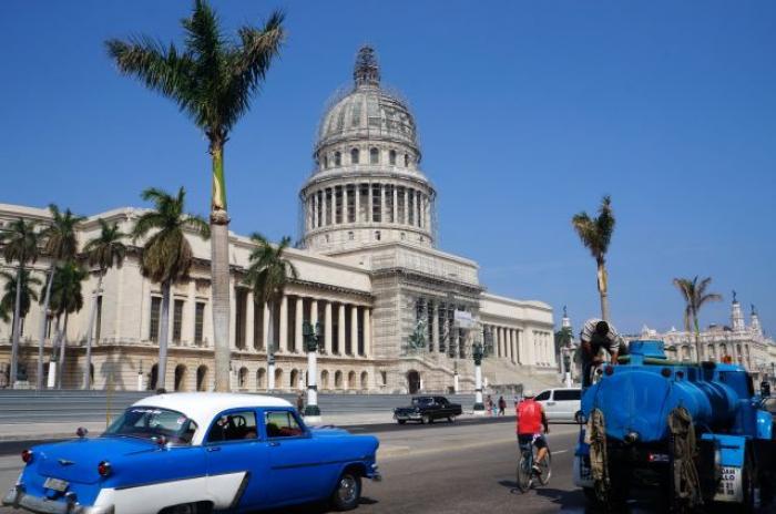 """Cuba : une plainte pour """"esclavagisme"""" de médecins"""