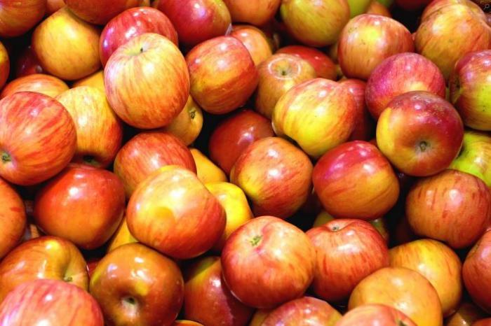 Cuba : virés pour avoir vendu 15.000 pommes à un client