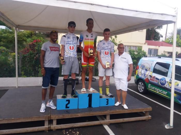 Cyclisme : victoire de Isao Robin Casi Vialet lors du prologue du tour cycliste cadets