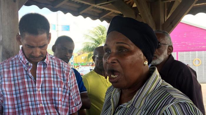 Des citoyens du sud s'opposent au Parc Marin de la Martinique