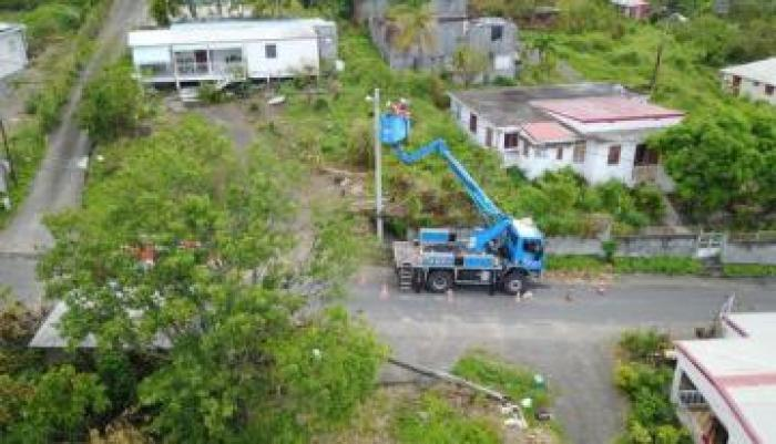 Des foyers toujours privés d'électricité après l'ouragan Maria