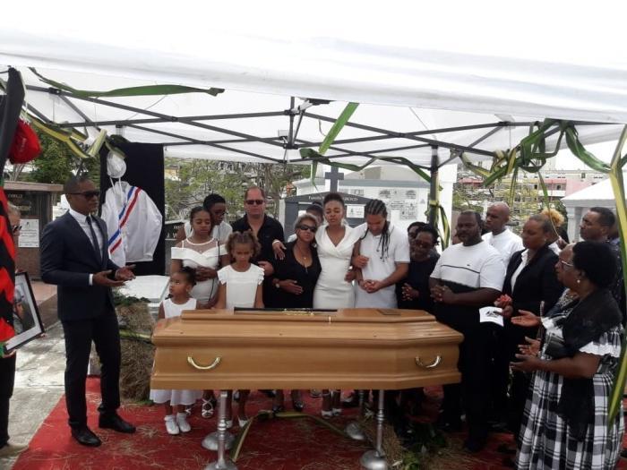 Des funérailles émouvantes pour Didier Gengoul